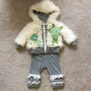 Little Mass swear pant and hoodie set
